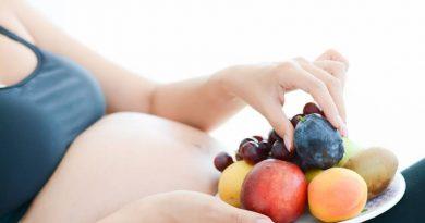 Comer frutas na gravidez estimula o desenvolvimento cerebral dos bebês