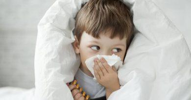 Outro estudo constata que a COVID-19 normalmente é leve em crianças