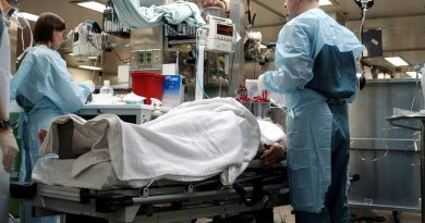 Atendimento imediato na UTI para pneumonia grave por COVID-19