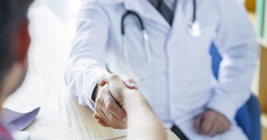 Antibioticoterapia para homens com suspeita de infecção do trato urinário